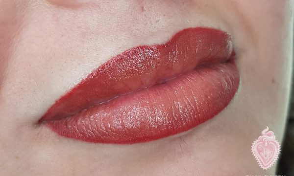 Ombre Lip Line and Full Colour.