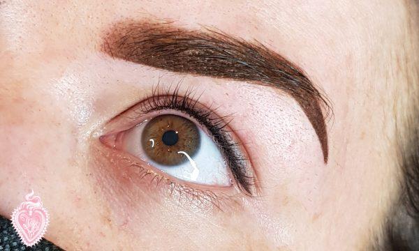 Powder Brow and Smokey Eyeliner